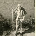 ילד בטיול